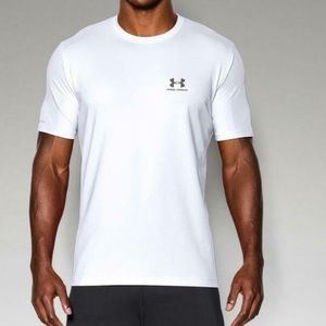 Under Armour Charged White Cotton M Shirt Loose